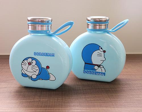 哆啦A夢玻璃水壺