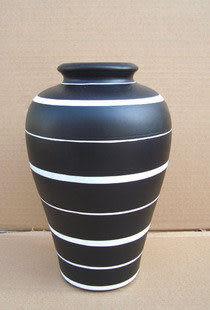 黑白經典陶瓷花瓶