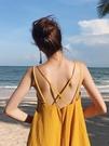 沙灘裙 zwmh旅行路上沙灘裙女海邊度假露背洋裝波西米亞黃色吊帶長裙 【免運86折】