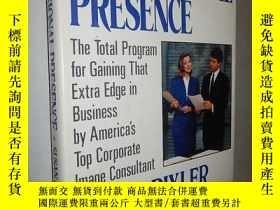 二手書博民逛書店Professional罕見Presence by Susan