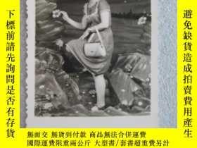 二手書博民逛書店戴手錶拎包美女老照片1張9.1*6cm(實物拍照,罕見如圖)Y9
