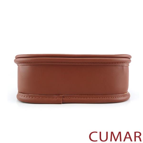 CUMAR 日系拼接皮革麻料掀蓋斜背包-咖啡色