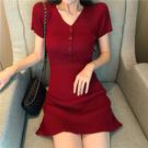 法式少女復古修身顯瘦高腰氣質紅色針織洋裝女短袖一步裙子潮  魔法鞋櫃
