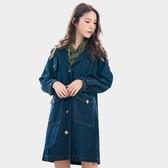 外套大衣--優質率性英字印花斜肩袖排扣口袋寬鬆修身牛仔外套(藍L-2L)-J258眼圈熊中大尺碼◎