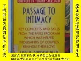 二手書博民逛書店《罕見Passage to Intimacy 》Lori H.