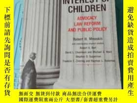 二手書博民逛書店IN罕見THE INTEREST OF CHILDRENY406185