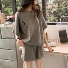 運動套裝 女夏短袖短褲寬鬆大碼套裝休閒運動風家居服-Ballet朵朵
