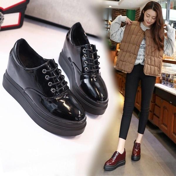 內增高女鞋顯瘦韓版百搭學生坡跟小皮鞋厚底松糕鞋漆皮高跟女單鞋