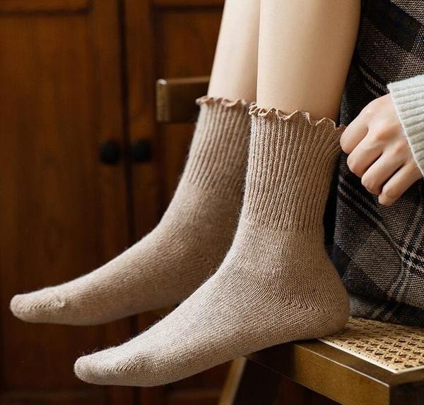 女襪 羊毛長襪子女中筒襪冬天木耳花邊加厚保暖韓國日系黑色春堆堆襪【快速出貨八折下殺】