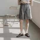 Queen Shop【04101502】復古配色格紋五分西裝褲 S/M/L*現+預*