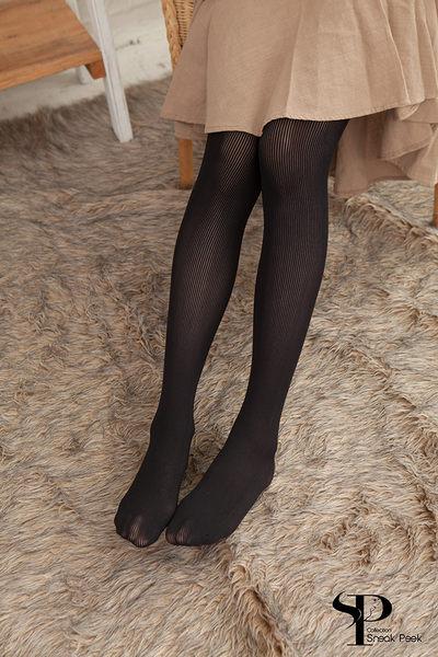 80D一體式無縫提臀立體條紋啞光褲襪 (黑色)