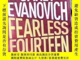 二手書博民逛書店Fearless罕見Fourteen by Janet Evan