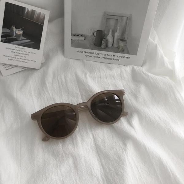 太陽鏡2019夏季新款韓版網紅個性圓臉眼鏡Ins男女復古圓形墨鏡潮 滿天星