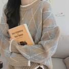 VK精品服飾 韓國風菱格時尚格紋針織毛衣長袖上衣