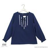 【INI】迷人氣息、優美色調氣質上衣.深藍色