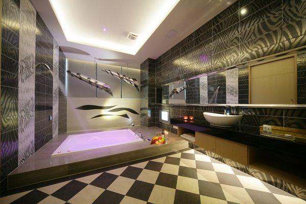 杜拜風情時尚旅館-E房型休憩券(2013)