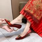中式方扣紅色婚鞋秀禾婚紗兩穿新娘鞋高跟鞋2021新款大東夏季女鞋