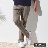 【JEEP】經典都市休閒造型長褲 (暗卡其色)