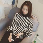 (XA-1429)韓國新款寬鬆燈籠袖波浪黑白條紋圓領套頭針織衫毛衣