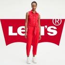 Levis 女款 牛仔連身褲 / 時尚中高腰無袖設計 / 個性紅丹寧