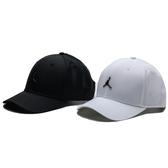 NIKE 老帽 JORDAN CLASSIC 99 METAL 黑 白 立體LOGO 帽 男女 (布魯克林) CW6410-