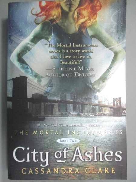 【書寶二手書T4/一般小說_NNZ】City of Ashes_Clare, Cassandra
