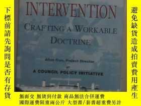 二手書博民逛書店英文原版罕見Humanitarian Intervention