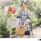 《DA7740-》日系輕甜格紋露肩荷葉袖寬鬆洋裝 OB嚴選