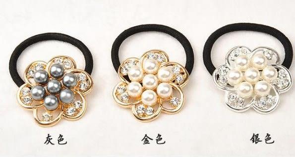 [協貿國際]  韓版超大珍珠水鑽髮圈流行髮飾 (4個價)