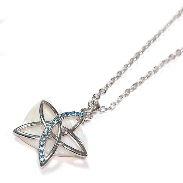 貝殼心與藍色水鑽五角星吊墜長項鍊