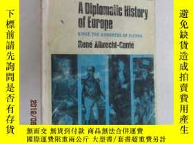 二手書博民逛書店英文書罕見A DIPLOMATIC HISTORY OF EUR