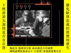 二手書博民逛書店Hitlers罕見Spies: German Military Intelligence In World War