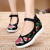 中國風民族繡花鞋高坡跟盤扣女鞋淺口單鞋老北京布鞋 降價兩天