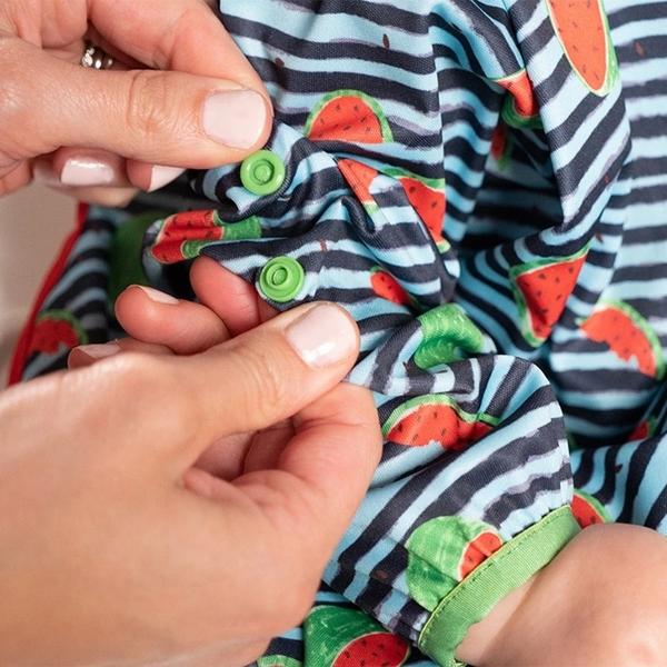 英國 BiBADO 不漏接防水餐圍兜 - 條紋西瓜
