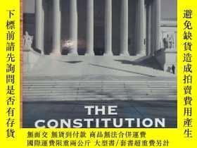 二手書博民逛書店THE罕見CONSTITUTION IN THE COURTSY236459 見圖 見圖