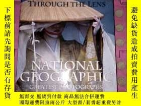 二手書博民逛書店THROUGH罕見THE LENS: NATIONAL GEOG
