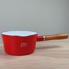 【日本CB JAPAN】(新款)北歐系列琺瑯原木單柄牛奶鍋/琺瑯鍋-熱情紅