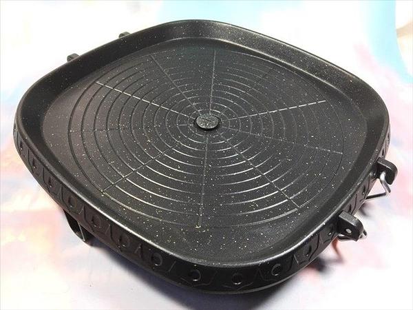限量特價【韓式方型烤盤 】NO135韓國烤肉 鐵板燒烤肉盤 烤肉架 中秋節烤肉用品【八八八】e網購