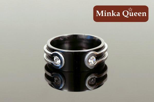 德國鈦鋼 黑底流線設計 流行時尚設計款 造型抗敏男戒
