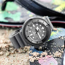SEIKO 精工 / V157-0DC0N.SNE537P1 / PROSPEX 小鮪魚系列 太陽能 潛水錶 日期 防水200米 矽膠手錶 灰色 45mm