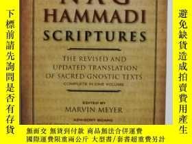 二手書博民逛書店The罕見Nag Hammadi ScripturesY2509
