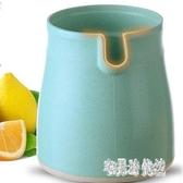 榨汁機 橙汁石榴手動榨汁機簡易迷你原汁果汁家用學生檸檬小型榨汁杯西瓜 CP4909【宅男時代城】