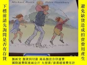 二手書博民逛書店Were罕見Going on a Bear HuntY15452