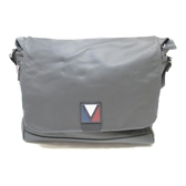 LOUIS VUITTON LV 路易威登 暗灰色牛皮斜背包 V Line Cross Bag M50443【BRAND OFF】