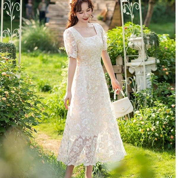華麗刺繡金色花朵蕾絲短袖小禮服洋裝[99212-QF]美之札