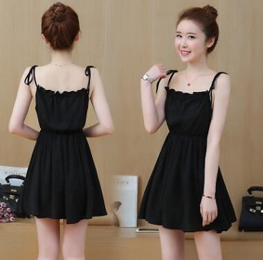 VK精品服飾 爆款韓國風鬆緊高腰顯瘦吊帶裙露肩無袖洋裝