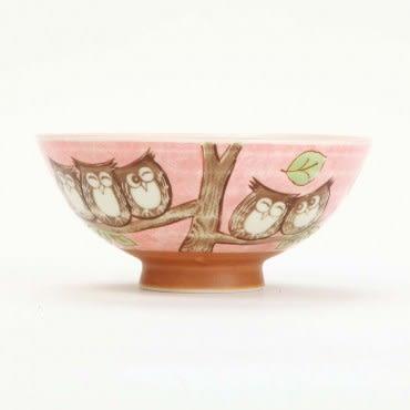 日本美濃燒碗 L 森林貓頭鷹 日本製陶瓷餐具 輕量用餐拿取好使用 表面採用釉彩美觀