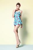 【APPLE 】蘋果牌泳裝↘特賣~藍綠底配紅花布荷葉邊細肩帶連身裙泳衣 附泳帽 NO.105413