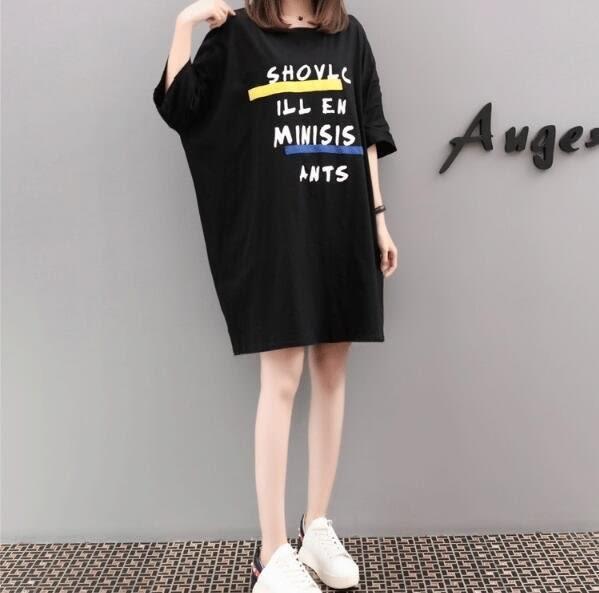 現貨黑色2XL寬鬆上衣洋裝中大尺碼22047/新款2018夏裝韓版寬松字母短袖T恤連身裙 依品國際