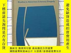 二手書博民逛書店THE罕見CLOSED FRONTIER: Studies in